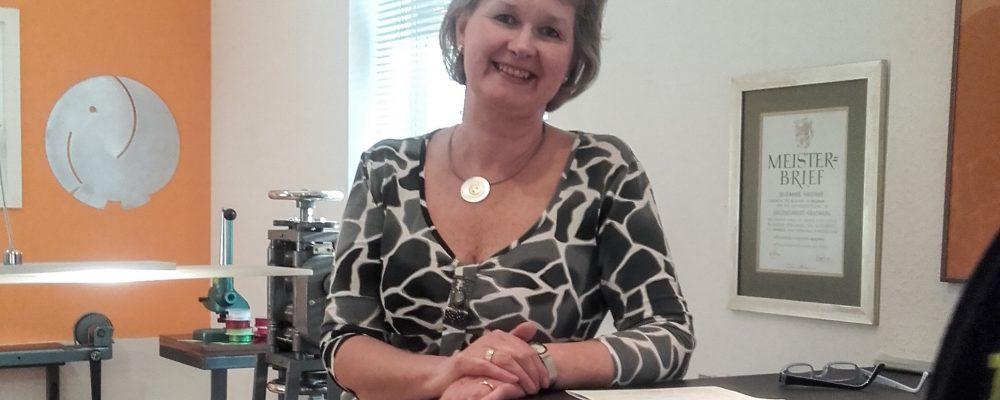 Geschäftsbesuch bei Susanne Hartwig