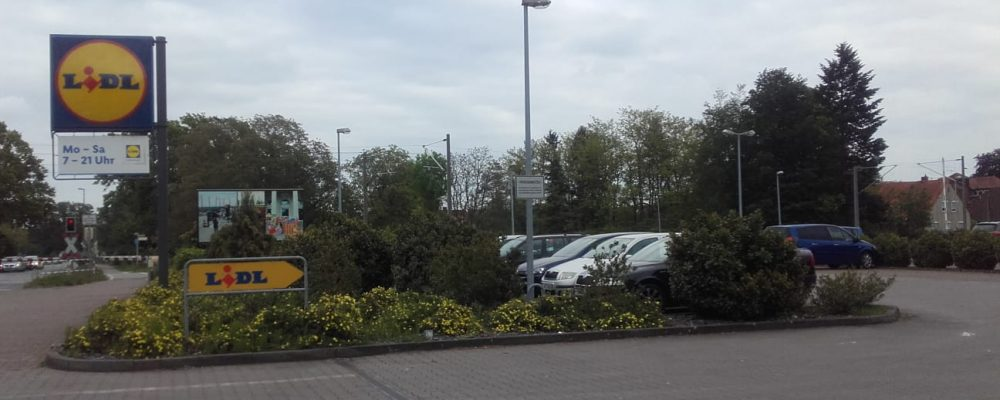 Parkplatz Lidl in Mellendorf gesperrt